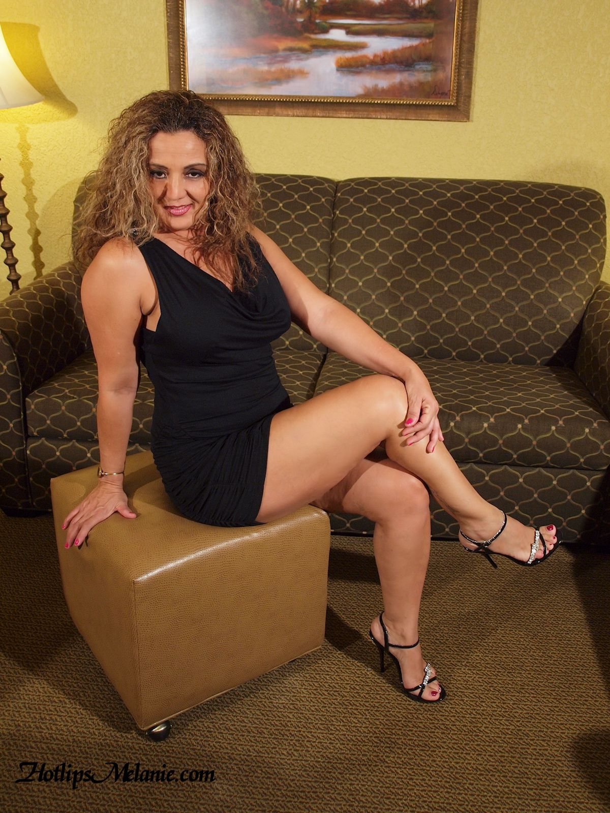 latin milf galleries