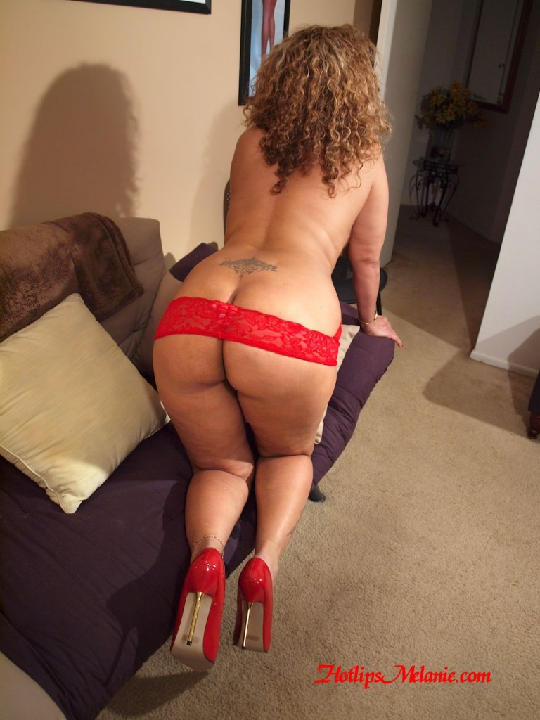Porn big ass mom