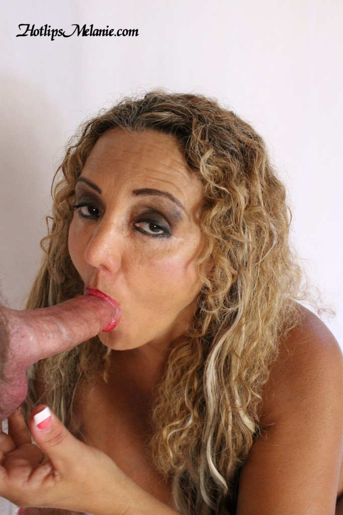Colombian Milf, Hotlips Mleanie, sucks a big cock.