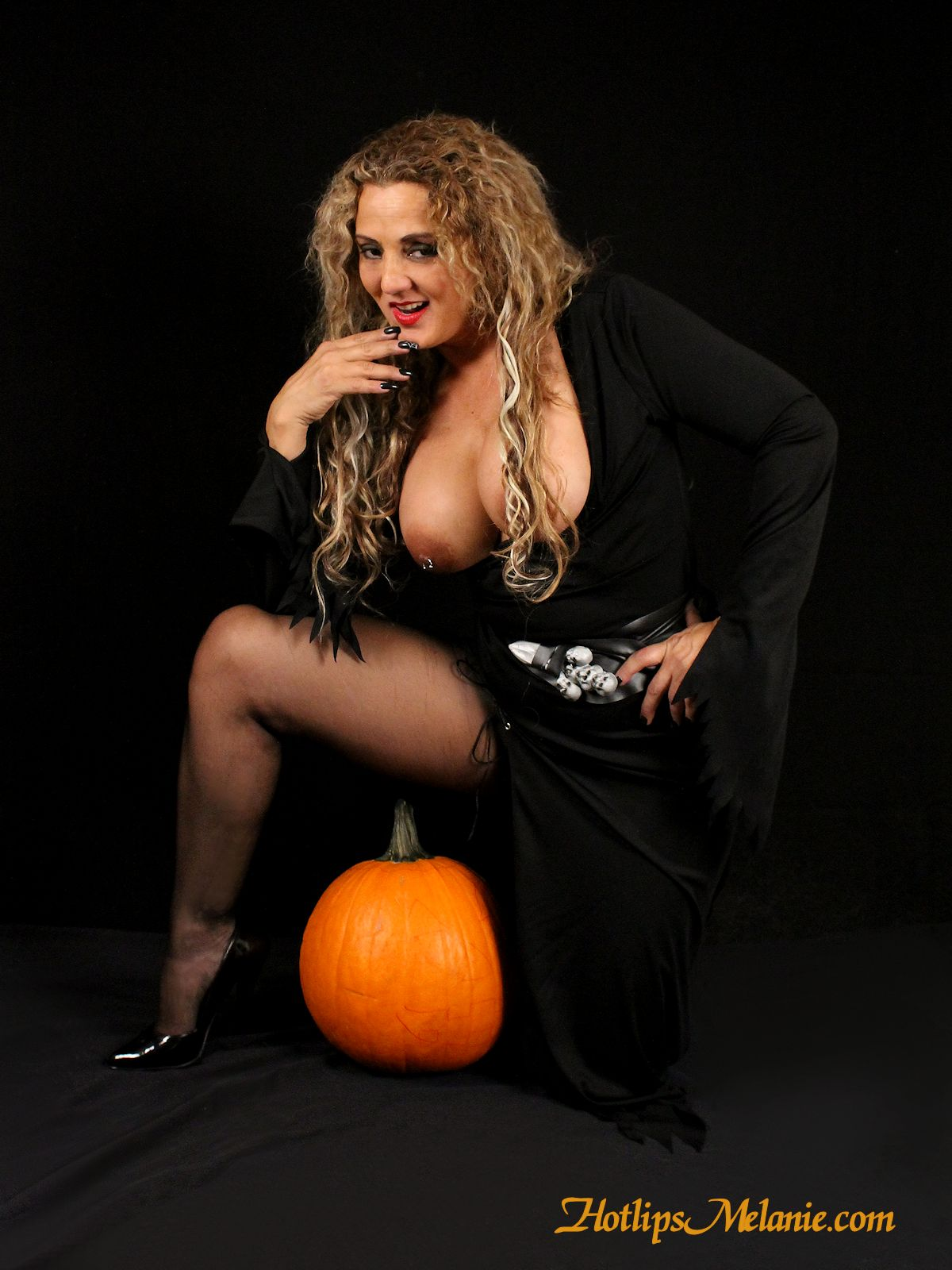 Sexy witch halloween costumes