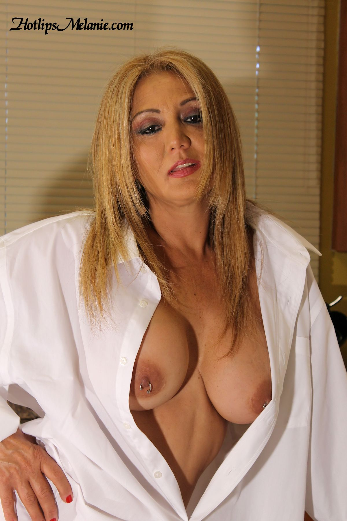 pierce nipples latina women