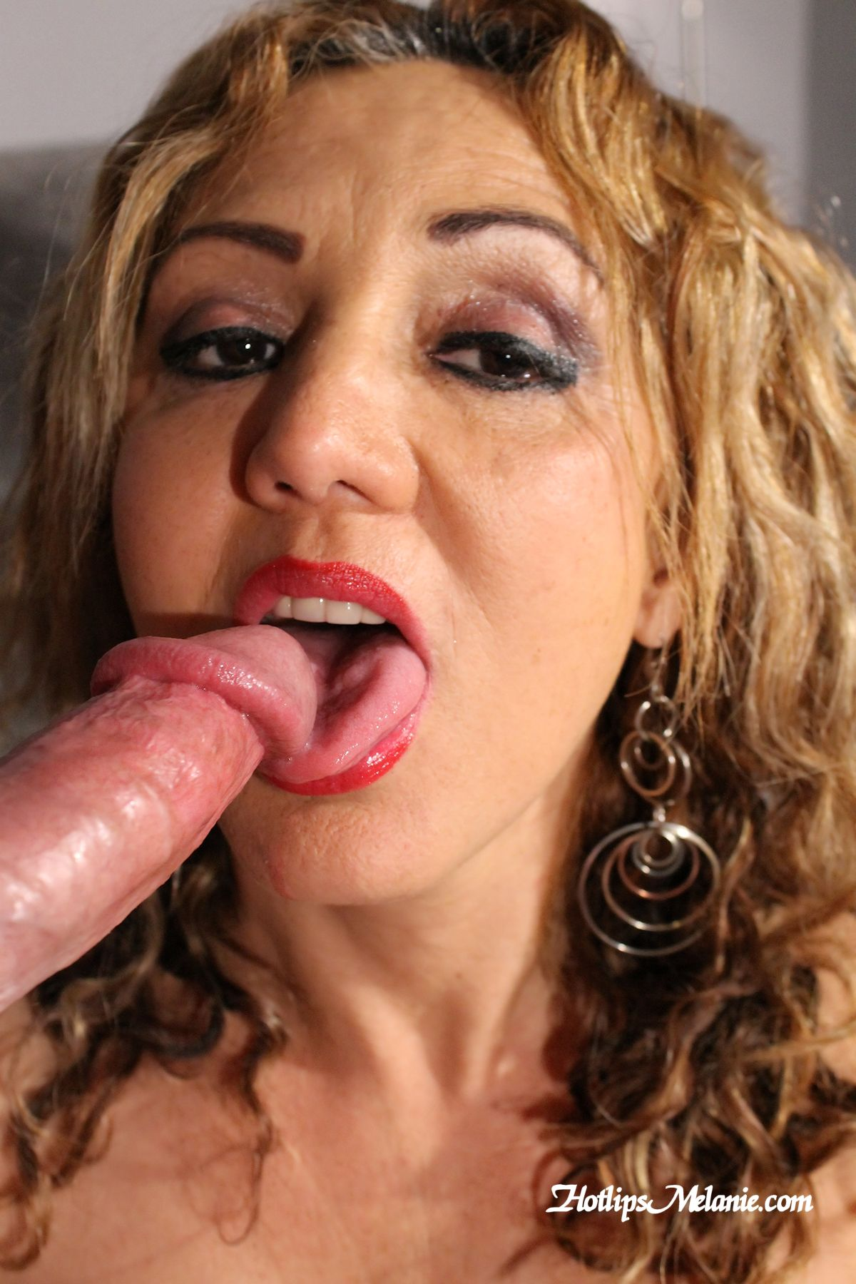 Huge Dick Mature Milf 39